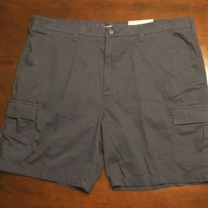 Men's navy cargo shorts size 44